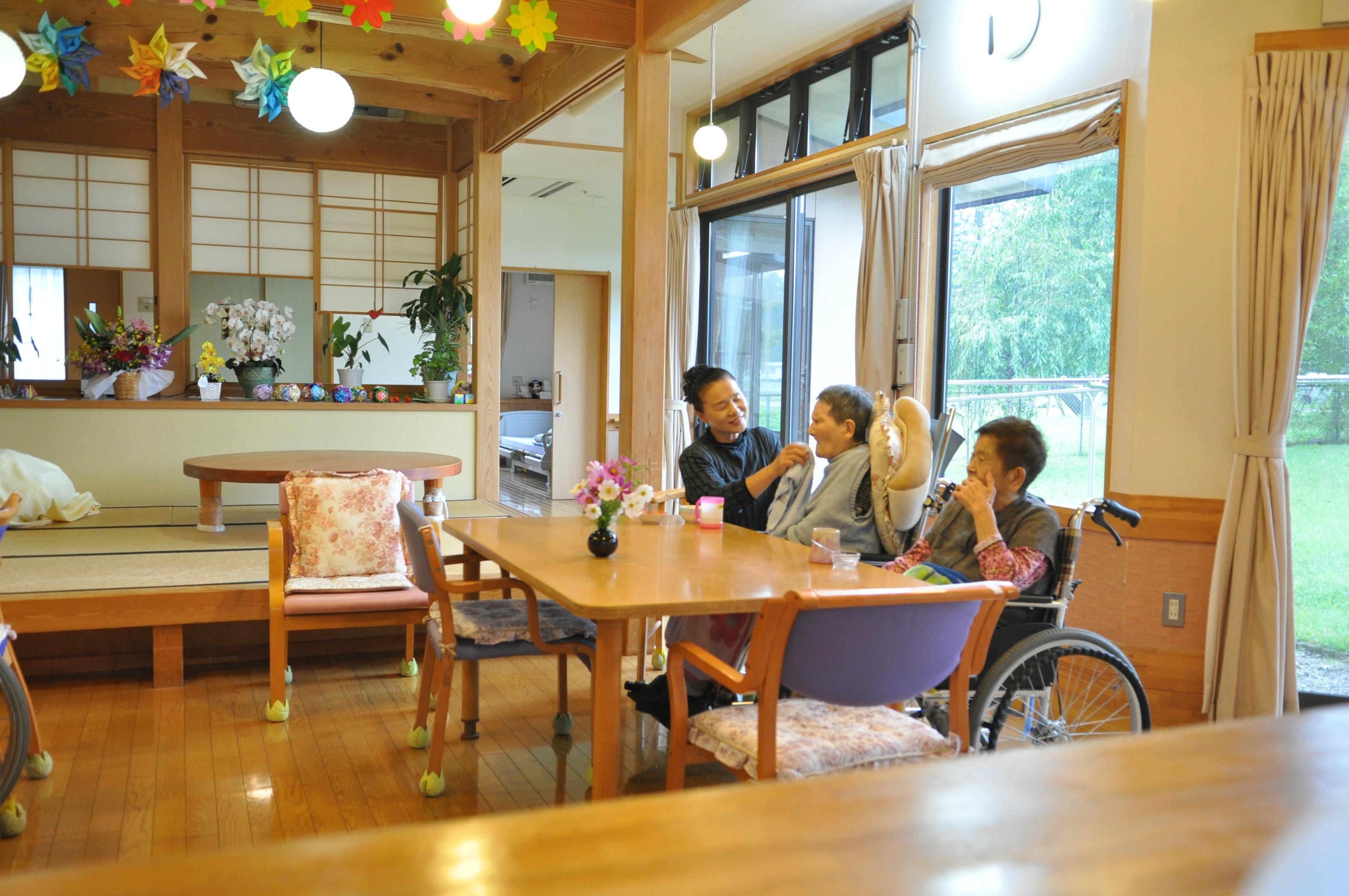 那須町 【看護師】 正社員の募集♪  【グループホーム 愛里須】